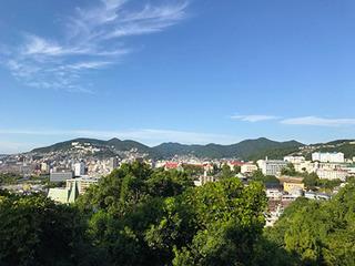 写真1_長崎の街並み_加工.jpg